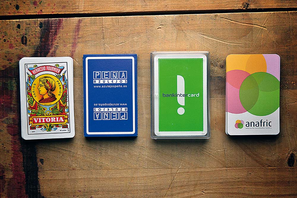 Spanish playing card 40 cards cases