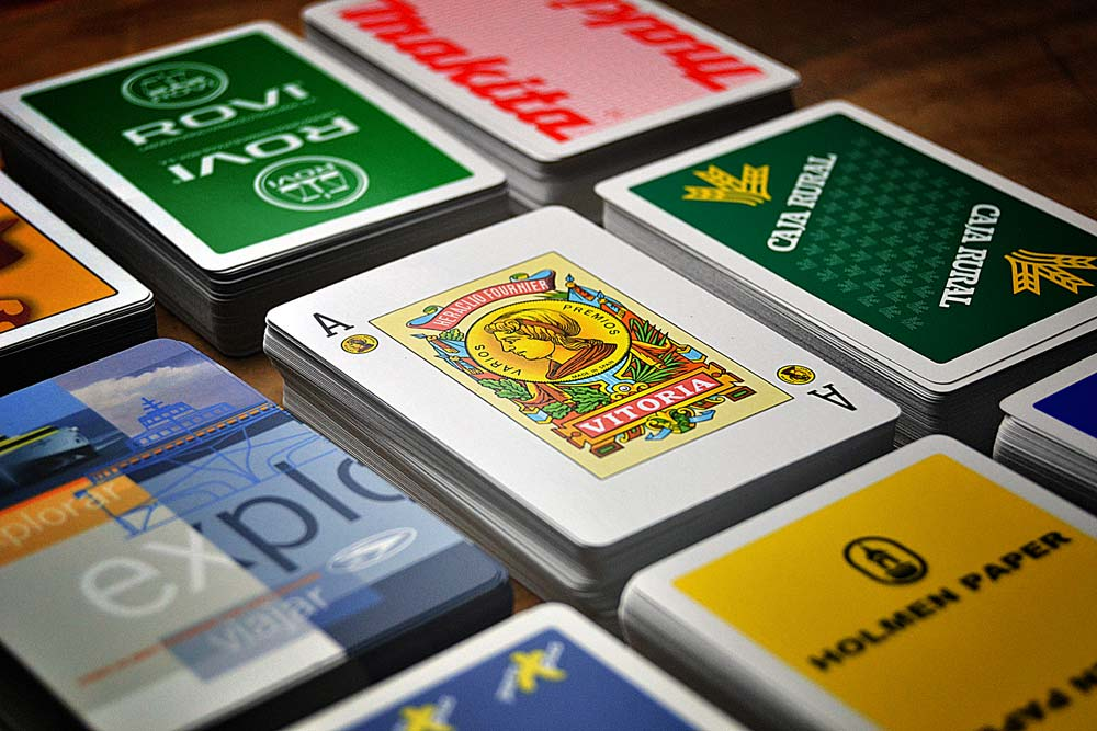 Spanish poker card cases detail with ace