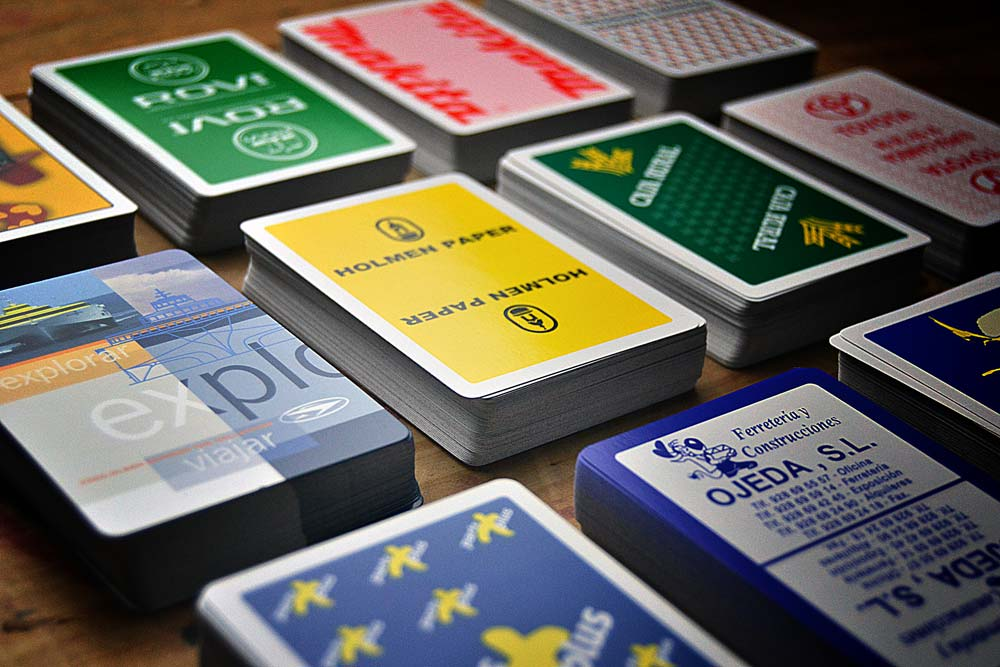 Spanish poker card cases detail