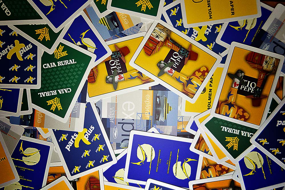 Spanish poker cards zenithal view