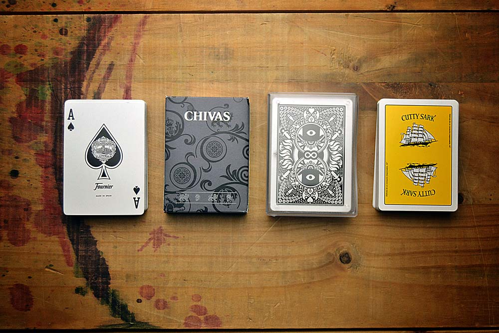 Promotional poker decks, standard case types, zenithal view