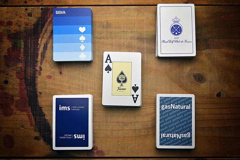 Poker promotional decks with jumbo ace, zenithal view